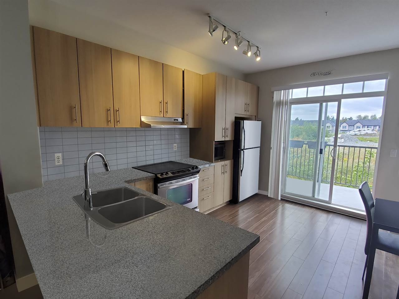 FEATURED LISTING: 82 - 31032 WESTRIDGE Place Abbotsford