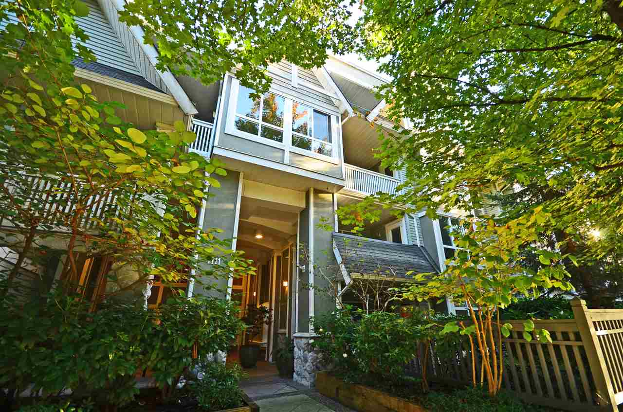 FEATURED LISTING: 201 - 1111 LYNN VALLEY Road North Vancouver