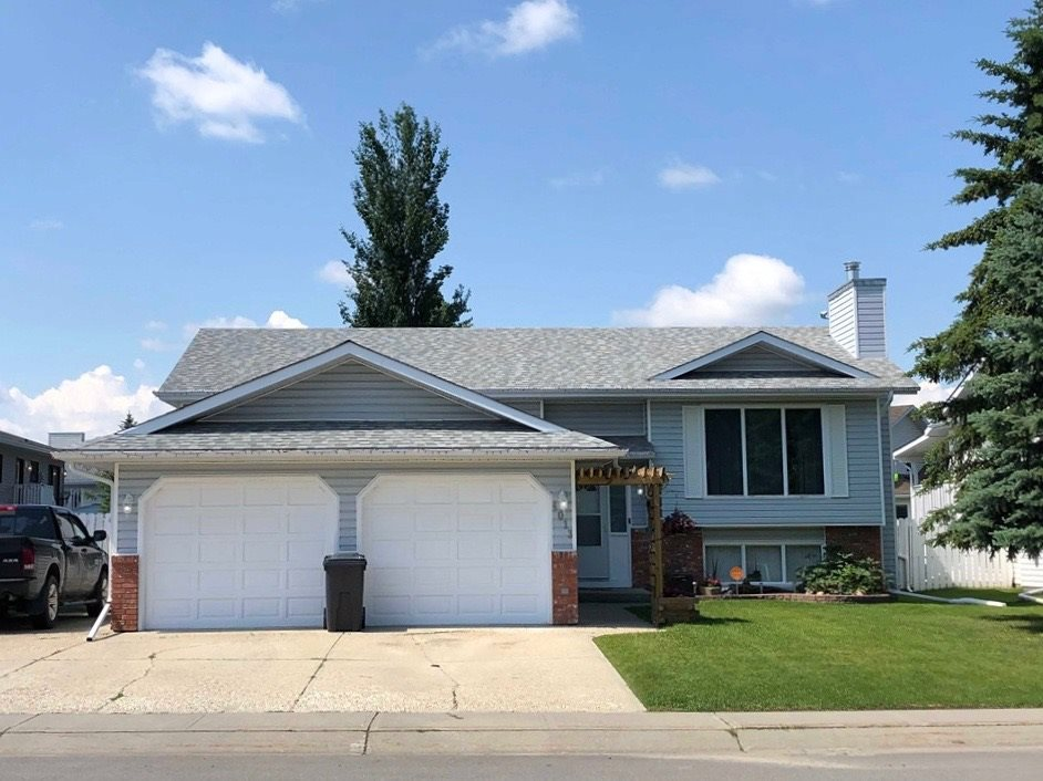 FEATURED LISTING: 4013 MacKenzie Avenue Drayton Valley