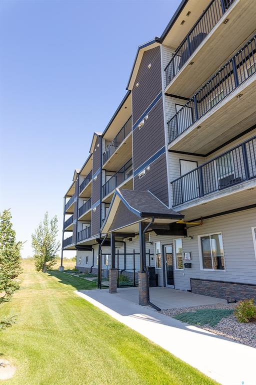 FEATURED LISTING: 302 - 135 Beaudry Crescent Martensville