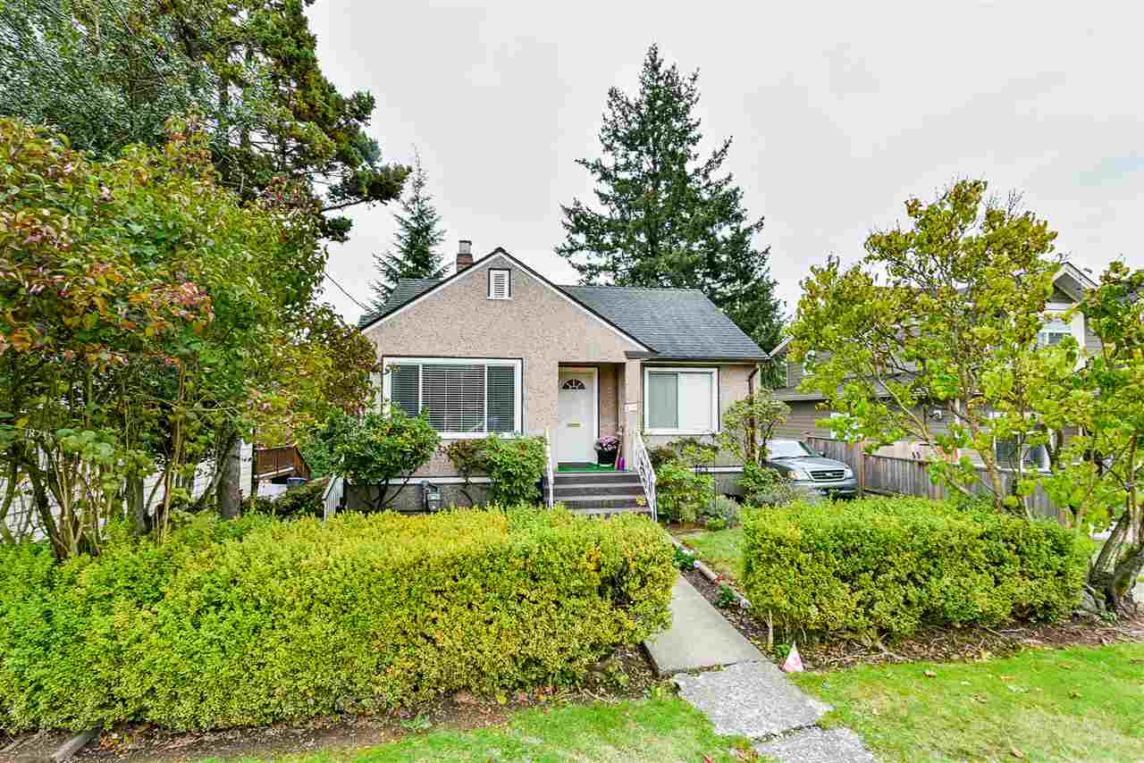 FEATURED LISTING: 2110 HAMILTON Street New Westminster