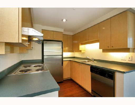 "Main Photo: 1502 1009 EXPO Boulevard in Vancouver: Downtown VW Condo for sale in ""LANDMARK 33"" (Vancouver West)  : MLS®# V680406"