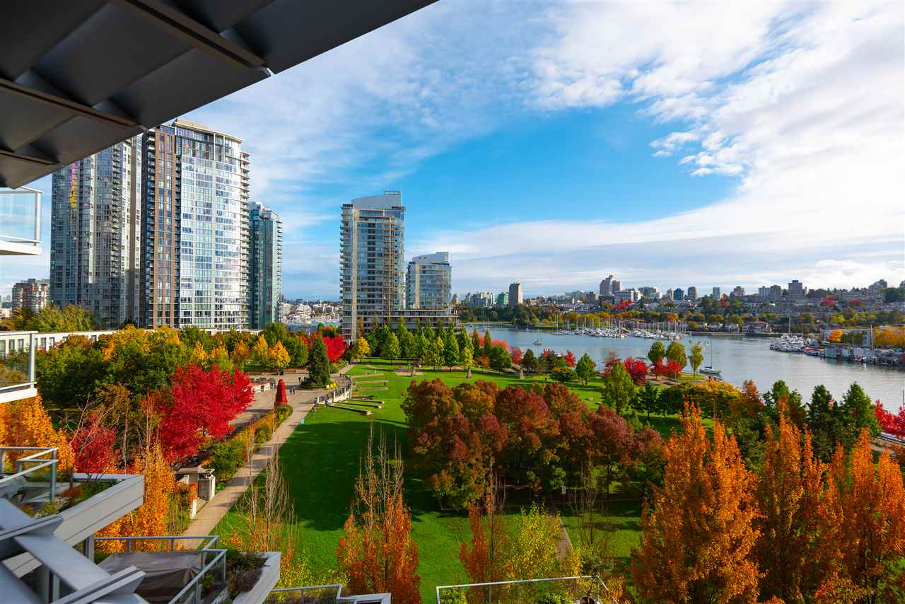 FEATURED LISTING: 802 - 638 BEACH Crescent Vancouver