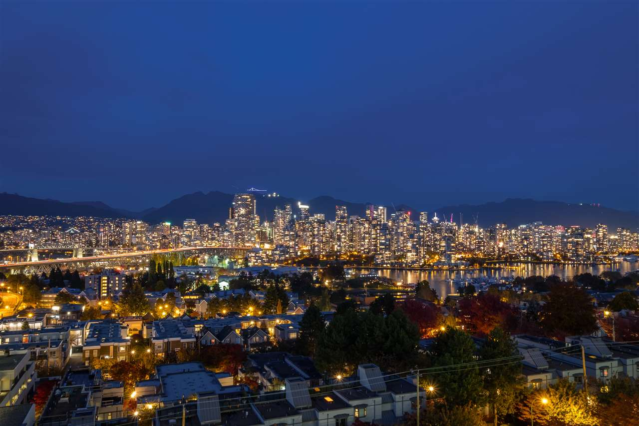 FEATURED LISTING: 802 - 1355 BROADWAY West Vancouver