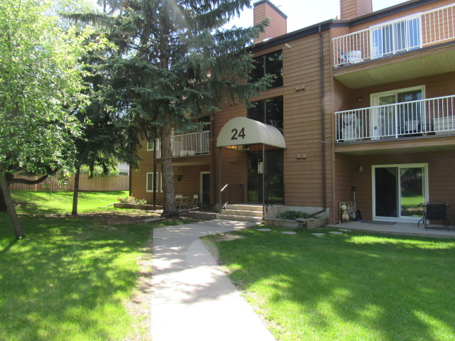FEATURED LISTING: 101 - 24 Alpine Place St. Albert