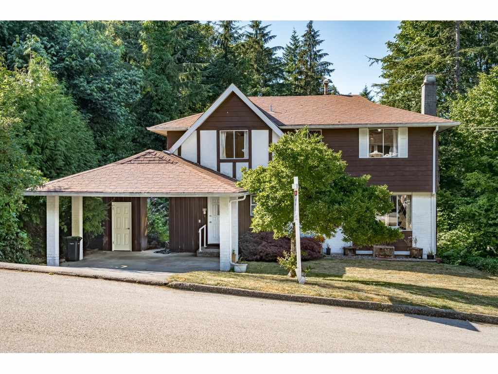 FEATURED LISTING: 914 FRESNO Place Coquitlam