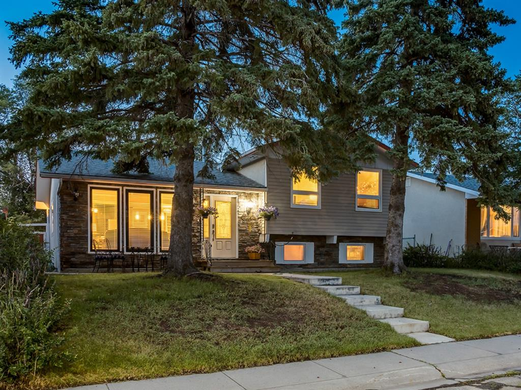 FEATURED LISTING: 908 PENSDALE Crescent Southeast Calgary