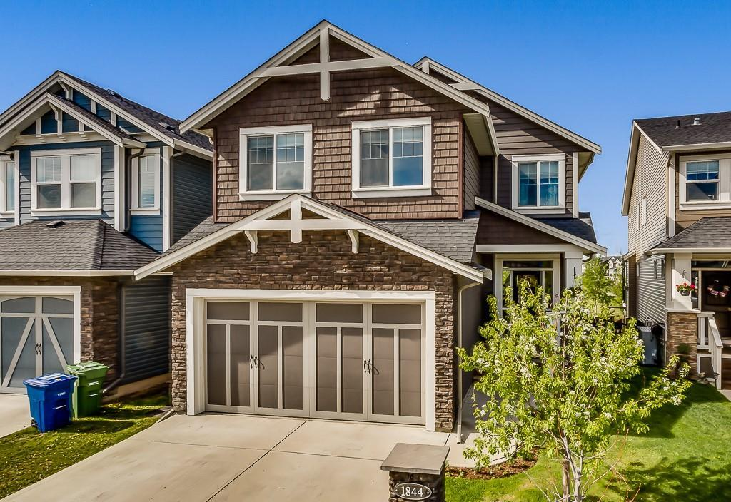 FEATURED LISTING: 1844 REUNION Terrace Northwest Airdrie