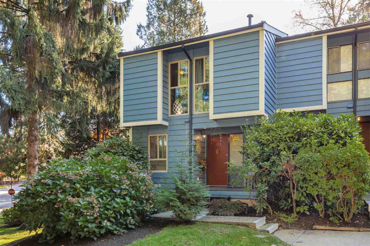 FEATURED LISTING: 122 BROOKSIDE Drive Port Moody