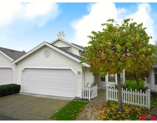 "Main Photo: 95 9208 208TH Street in Langley: Walnut Grove Townhouse for sale in ""Churchill Park"" : MLS®# F2728565"