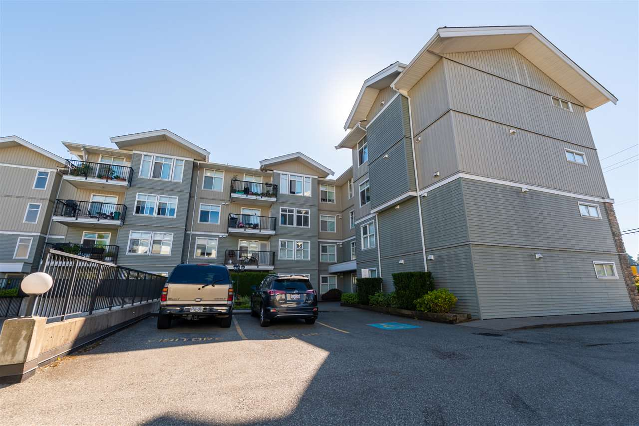 FEATURED LISTING: 305 - 33255 OLD YALE Road Abbotsford