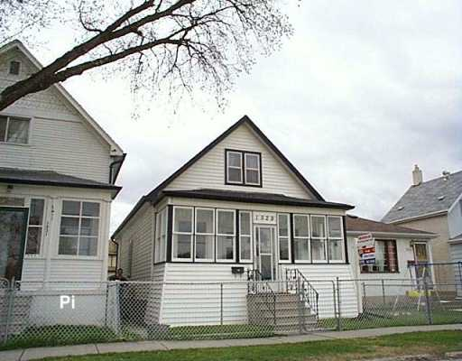 Main Photo: 1529 ELGIN Avenue West in Winnipeg: Brooklands / Weston Single Family Detached for sale (West Winnipeg)  : MLS® # 2605354