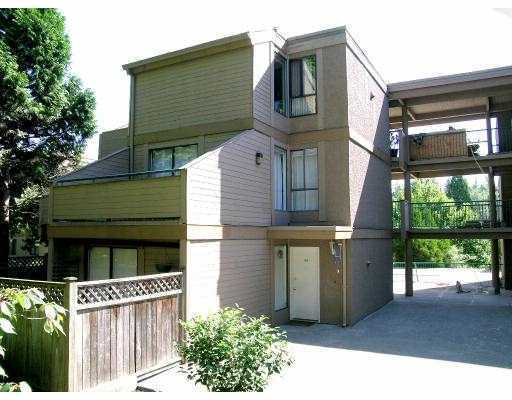 FEATURED LISTING: 304 9155 SATURNA Drive Burnaby