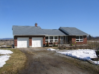 Main Photo: 3432 Stonecrest Road in Woodlawn: Residential Detached for sale (9302)  : MLS® # 750016
