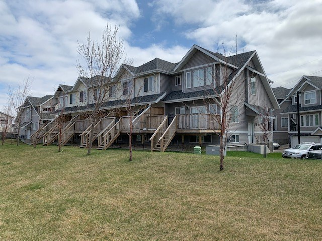 FEATURED LISTING: 31 - 13215 153 Avenue Edmonton