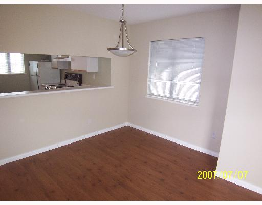"Photo 4: 209 643 W 7TH Avenue in Vancouver: Fairview VW Condo for sale in ""COURTYARDS"" (Vancouver West)  : MLS® # V651448"