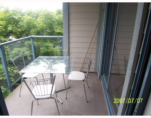 "Photo 6: 209 643 W 7TH Avenue in Vancouver: Fairview VW Condo for sale in ""COURTYARDS"" (Vancouver West)  : MLS® # V651448"
