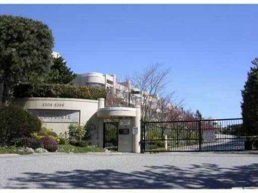 "Main Photo: 2375 FOLKESTONE WY in West Vancouver: Panorama Village Condo for sale in ""WESTPOINTE"" : MLS®# V867303"
