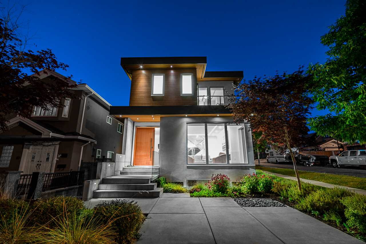 FEATURED LISTING: 297 46TH Avenue East Vancouver