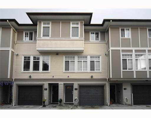 "Main Photo: 2 1010 EWEN Avenue in New_Westminster: Queensborough Townhouse for sale in ""WINDSOR MEWS"" (New Westminster)  : MLS® # V681881"