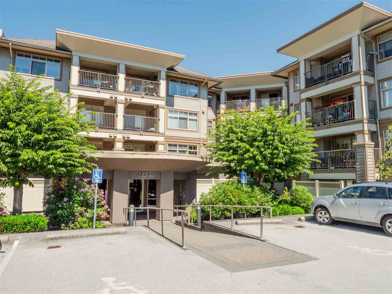 FEATURED LISTING: 422 - 12248 224 Street Maple Ridge