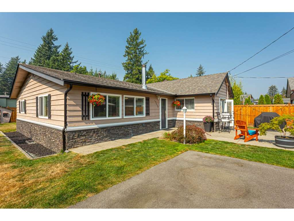FEATURED LISTING: 19659 36 Avenue Langley