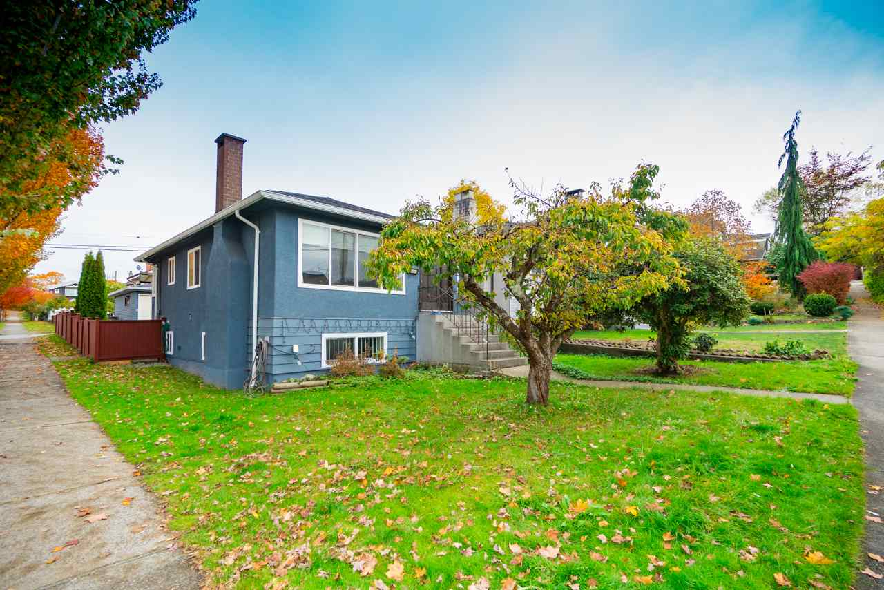 FEATURED LISTING: 908 NOOTKA Street Vancouver