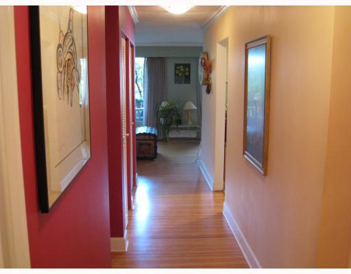 "Photo 10: 2 5535 OAK Street in Vancouver: Shaughnessy Condo for sale in ""SHAWNOAKS"" (Vancouver West)  : MLS® # V811099"