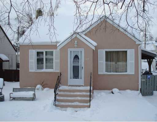 Main Photo: 66 ARMSTRONG Avenue in WINNIPEG: West Kildonan / Garden City Residential for sale (North West Winnipeg)  : MLS® # 2901555