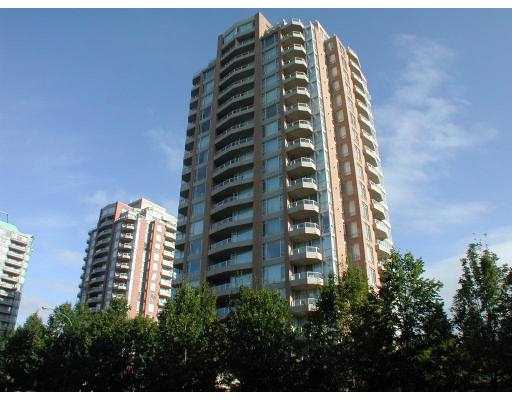 "Main Photo: 1702 4689 HAZEL Street in Burnaby: Forest Glen BS Condo for sale in ""MADISON"" (Burnaby South)  : MLS® # V757260"