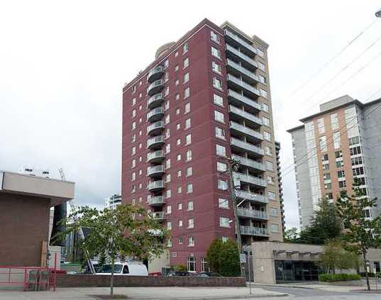 "Main Photo: 905 121 W 15TH Street in North Vancouver: Central Lonsdale Condo for sale in ""ALEGRIA"" : MLS® # V868133"