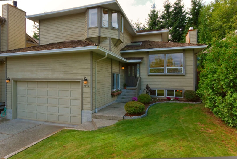 Main Photo: 1915 IRON Court in North_Vancouver: Indian River House for sale (North Vancouver)  : MLS®# V785237