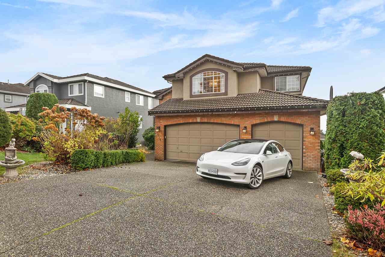 FEATURED LISTING: 1519 EAGLE MOUNTAIN Drive Coquitlam