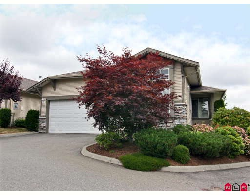 "Main Photo: 3 3635 BLUE JAY Street in Abbotsford: Abbotsford West Townhouse for sale in ""COUNTRY RIDGE ESTATES"" : MLS® # F2913318"
