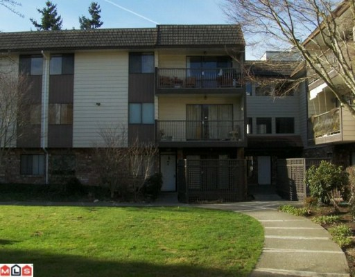 "Photo 5: 108 7426 138TH Street in Surrey: East Newton Condo for sale in ""GLENCOE ESTATES"" : MLS® # F1003340"