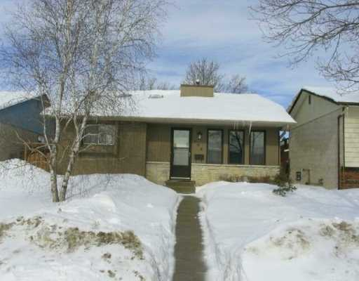 Main Photo:  in WINNIPEG: Maples / Tyndall Park Single Family Detached for sale (North West Winnipeg)  : MLS® # 2702728