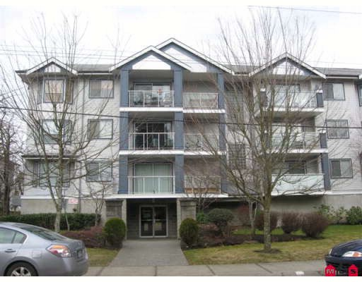 "Main Photo: 316 20177 54A Avenue in Langley: Langley City Condo for sale in ""Stonegate"" : MLS®# F2903117"