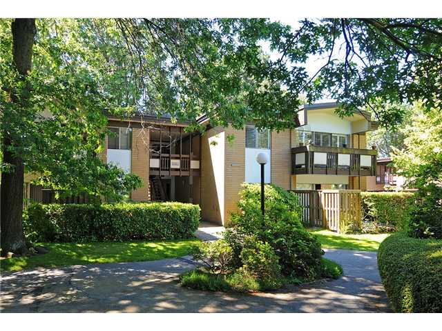 "Main Photo: 2 5575 OAK Street in Vancouver: Shaughnessy Condo for sale in ""Shawnoaks"" (Vancouver West)  : MLS®# V841784"