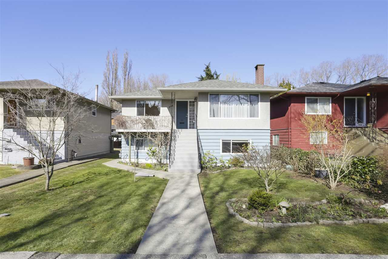 FEATURED LISTING: 2159 13TH Avenue East Vancouver