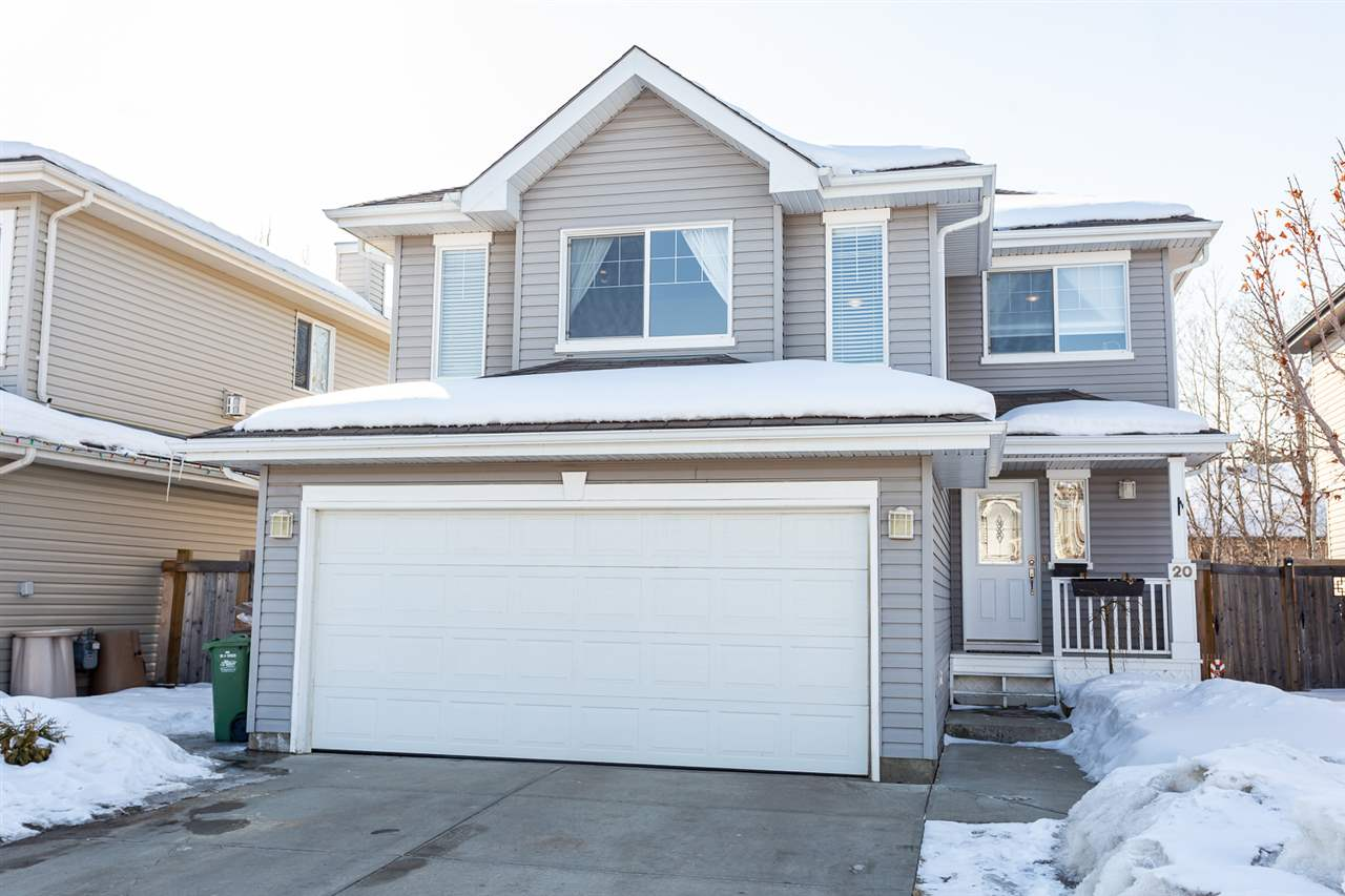 FEATURED LISTING: 20 EVERWOOD Close St. Albert