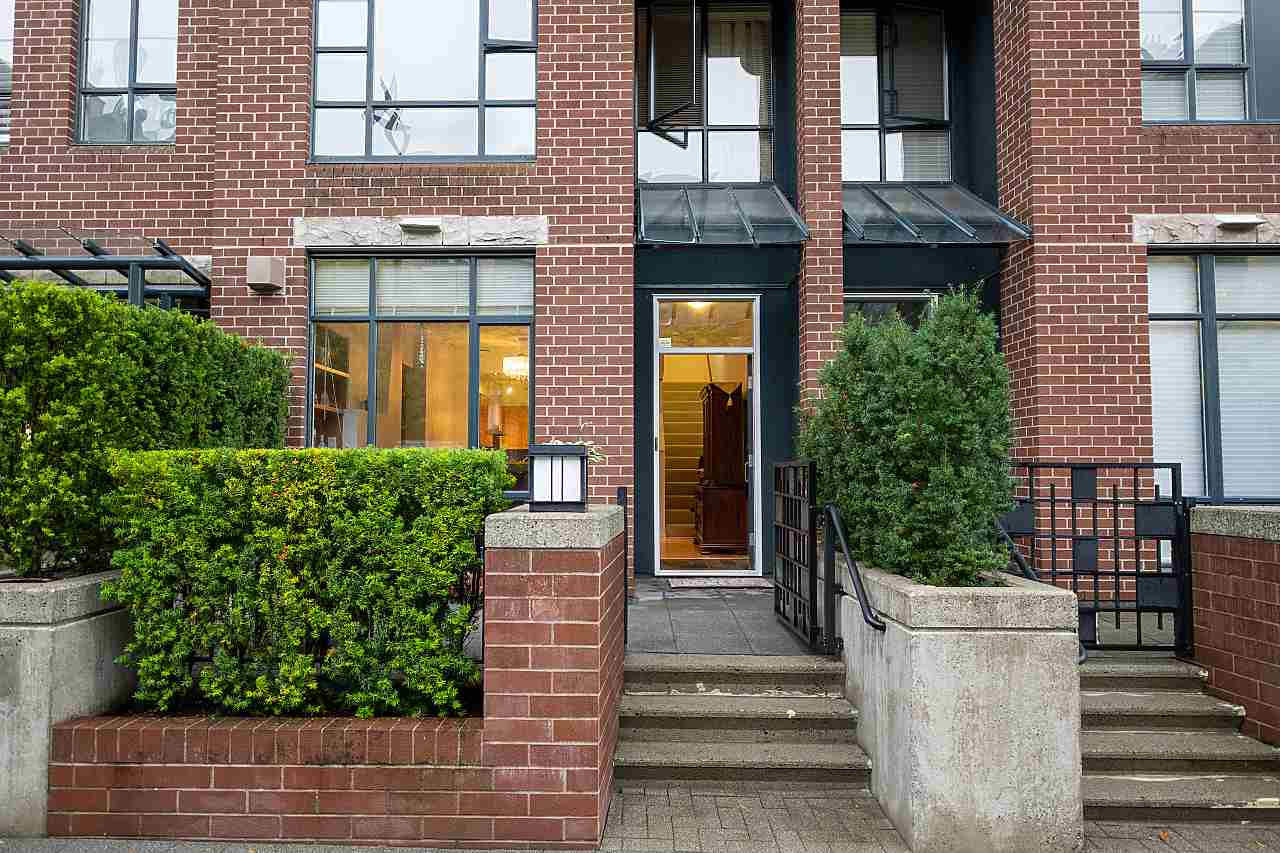 FEATURED LISTING: 2270 REDBUD Lane Vancouver