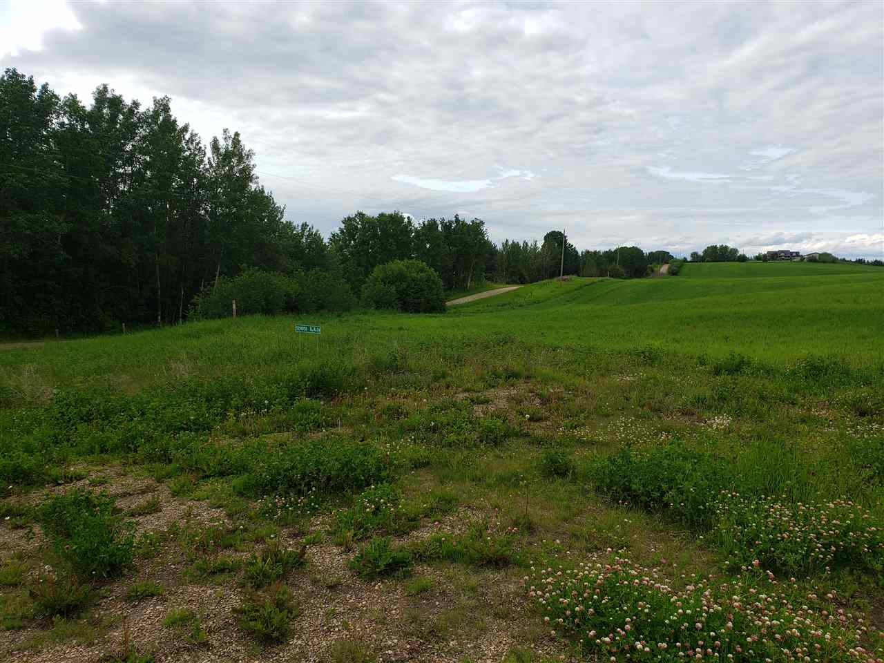 FEATURED LISTING: 52405B 24 Range Road Rural Parkland County