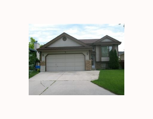 Main Photo:  in WINNIPEG: North Kildonan Residential for sale (North East Winnipeg)  : MLS® # 2914858