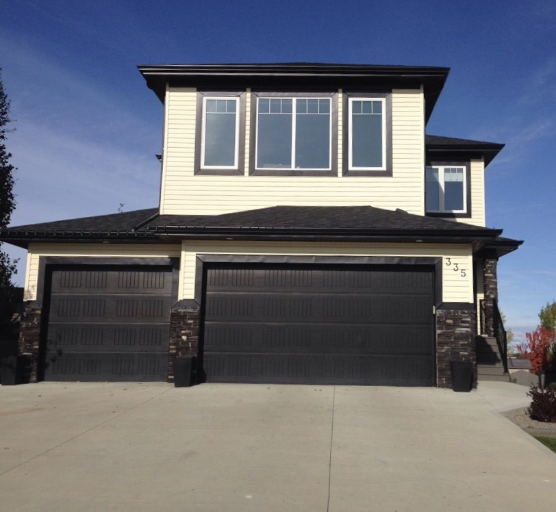 FEATURED LISTING: 335 BRIDGEPORT Place Leduc
