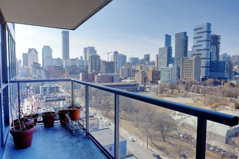 FEATURED LISTING: Lph13 - 320 Richmond Street East Toronto