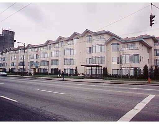 "Main Photo: 301 2677 E BROADWAY BB in Vancouver: Renfrew VE Condo for sale in ""BROADWAY GARDEN."" (Vancouver East)  : MLS® # V724998"
