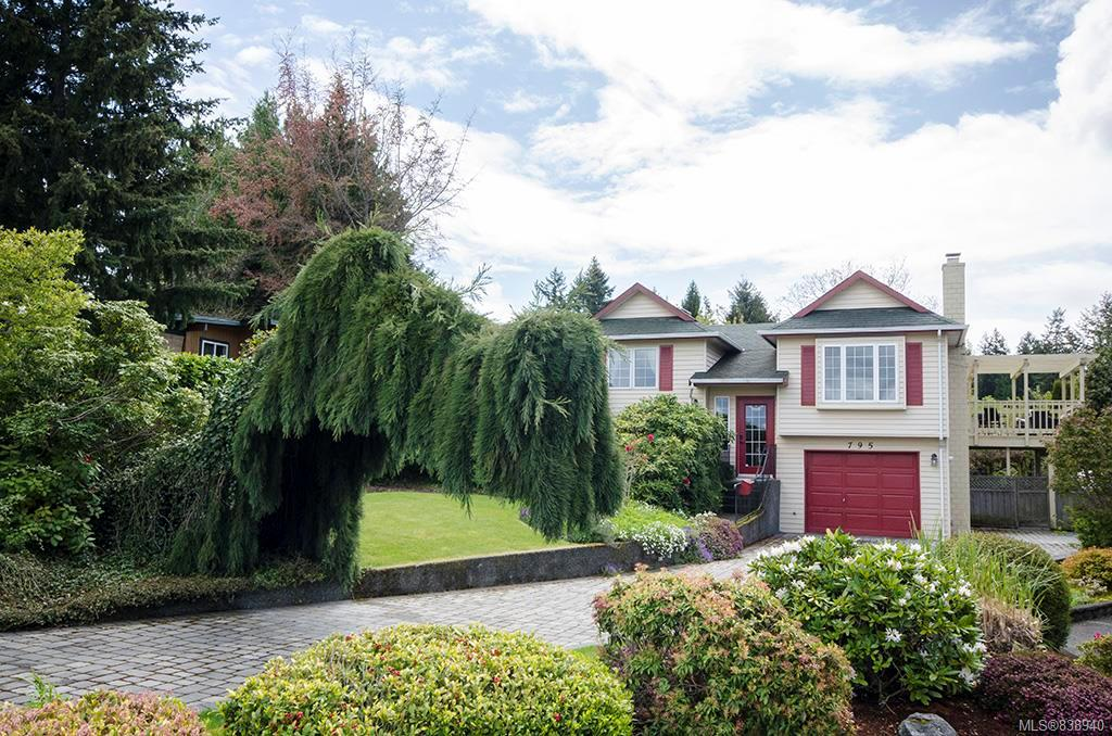 FEATURED LISTING: 795 Del Monte Pl Saanich