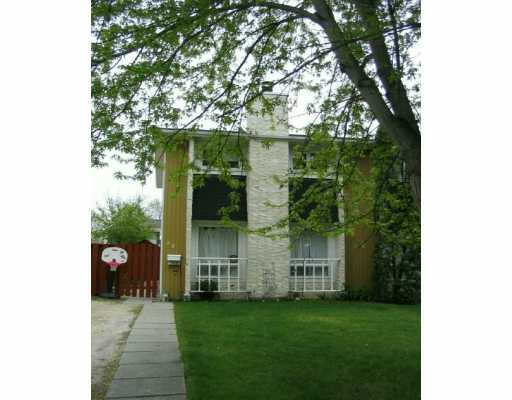 Main Photo:  in WINNIPEG: North Kildonan Single Family Attached for sale (North East Winnipeg)  : MLS® # 2608026