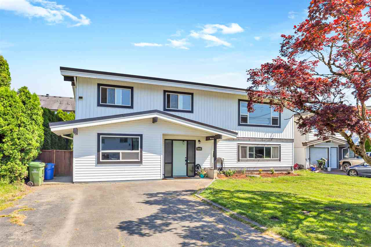 FEATURED LISTING: 46507 KAREN Drive Chilliwack