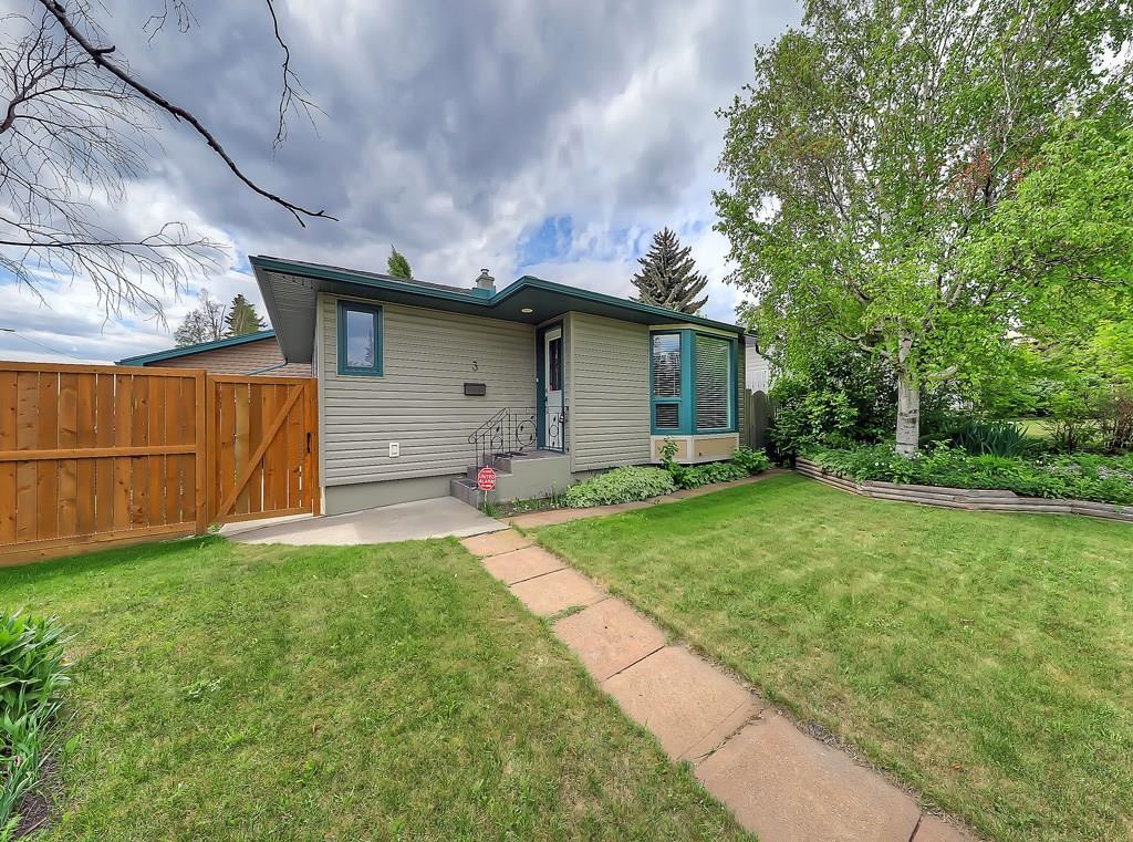 FEATURED LISTING: 3 HARROW Crescent Southwest Calgary
